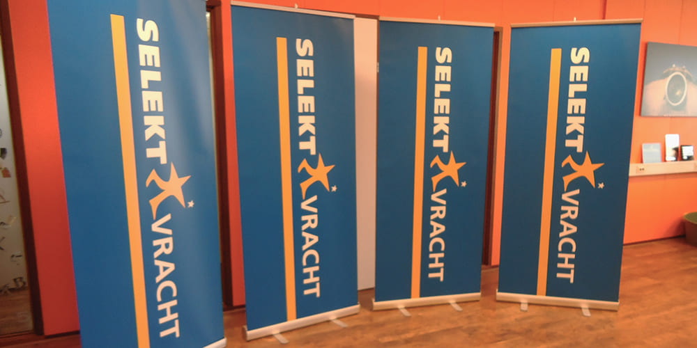 Ferry-Quik-Reklame-Roll-Up-Banners-Beurswand